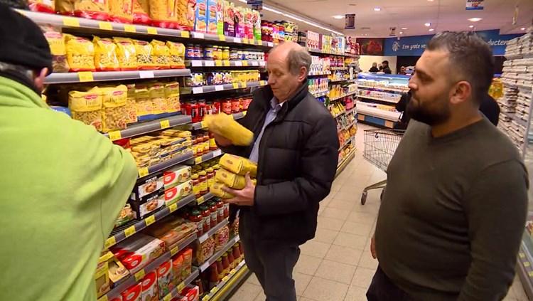 Supermarkteigenaar Zeki Sahan: 'Volle winkelwagen voor de Voedselbank? Dat kan ik ook!'